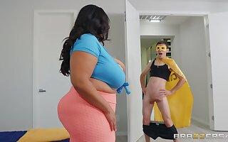 BBW Sofia Rose enjoys rough sex with her horny boyfriend before a blowjob