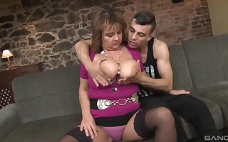 Mature lady with big tits gets her old cunt penetrated deep