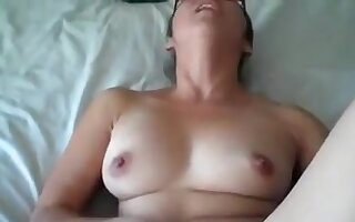 Thick wife acquires a creampie big O after work
