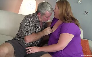 Amateur blonde plumper gets treated to a hard dick