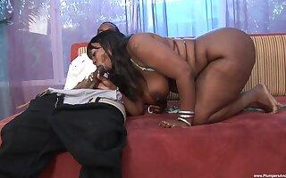 Chubby ass ebony works the BBC in extreme XXX scenes