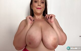 Sweet BBW mom plays with her monster boobs topless - peerless