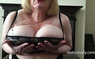 Sally with regard to a unmitigatedly brief black top